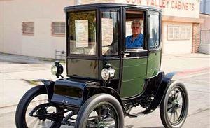 对了,这就是100年前的电动车