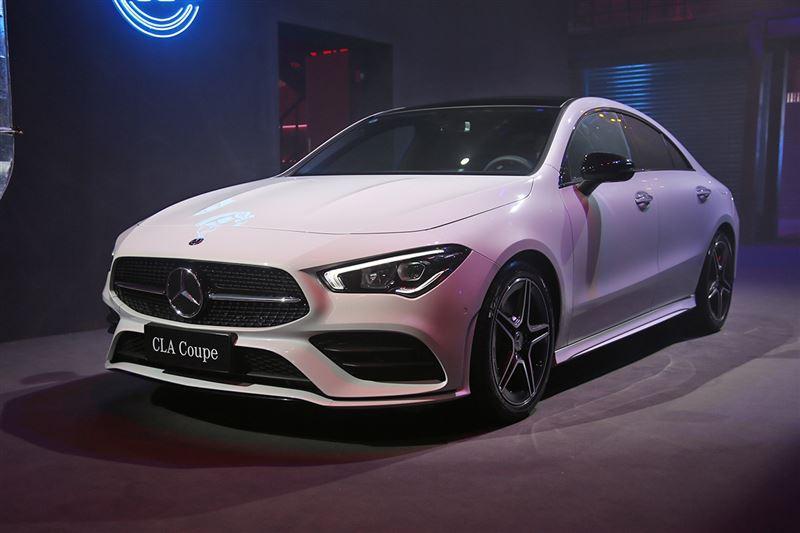 奔驰全新GLA/CLA家族上市 售价29.98万元起