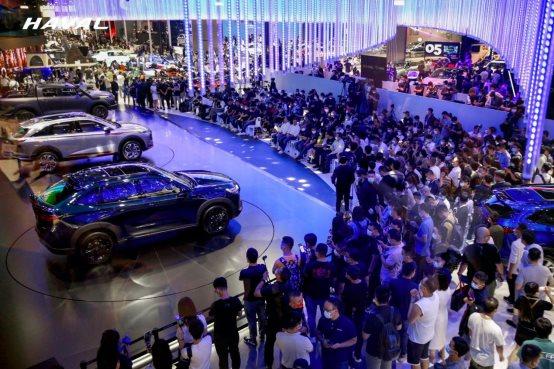/Users/lujun/Desktop/配图/长城汽车登陆2021成都车展.jpg长城汽车登陆2021成都车展